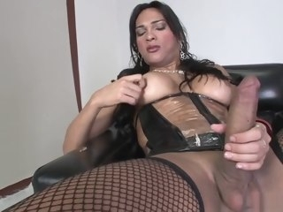 solo Solo latina TS Jerks Off Her cock latina