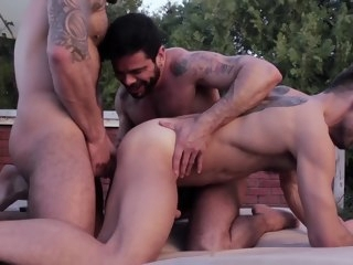 group Group Sex - Raw Threesome sex