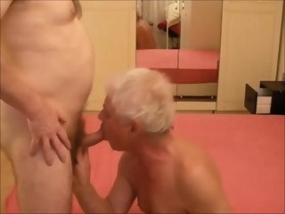 sucking Sucking and gettnig fucked by my good friend gettnig