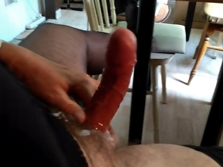 cumming crossdresser