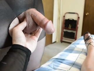 guy Guy Squirts Big Cum Load on my Pantyhose squirts