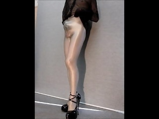 crossdresser pantyhose