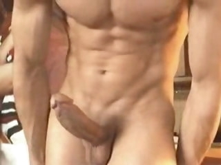 dude young dude playing with his beautiful cock and muscles playing