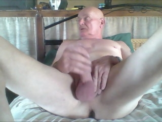 nude nude watching porn and pulling my cock watching