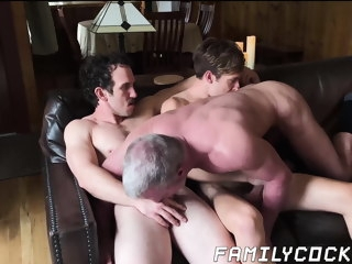 mature Mature daddy barebacked hard by hung stepsons daddy